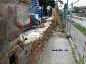 Beim Abbruch der Alten Mauer